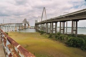 Old_and_new_Cooper_River_Bridges_Charleston_SC