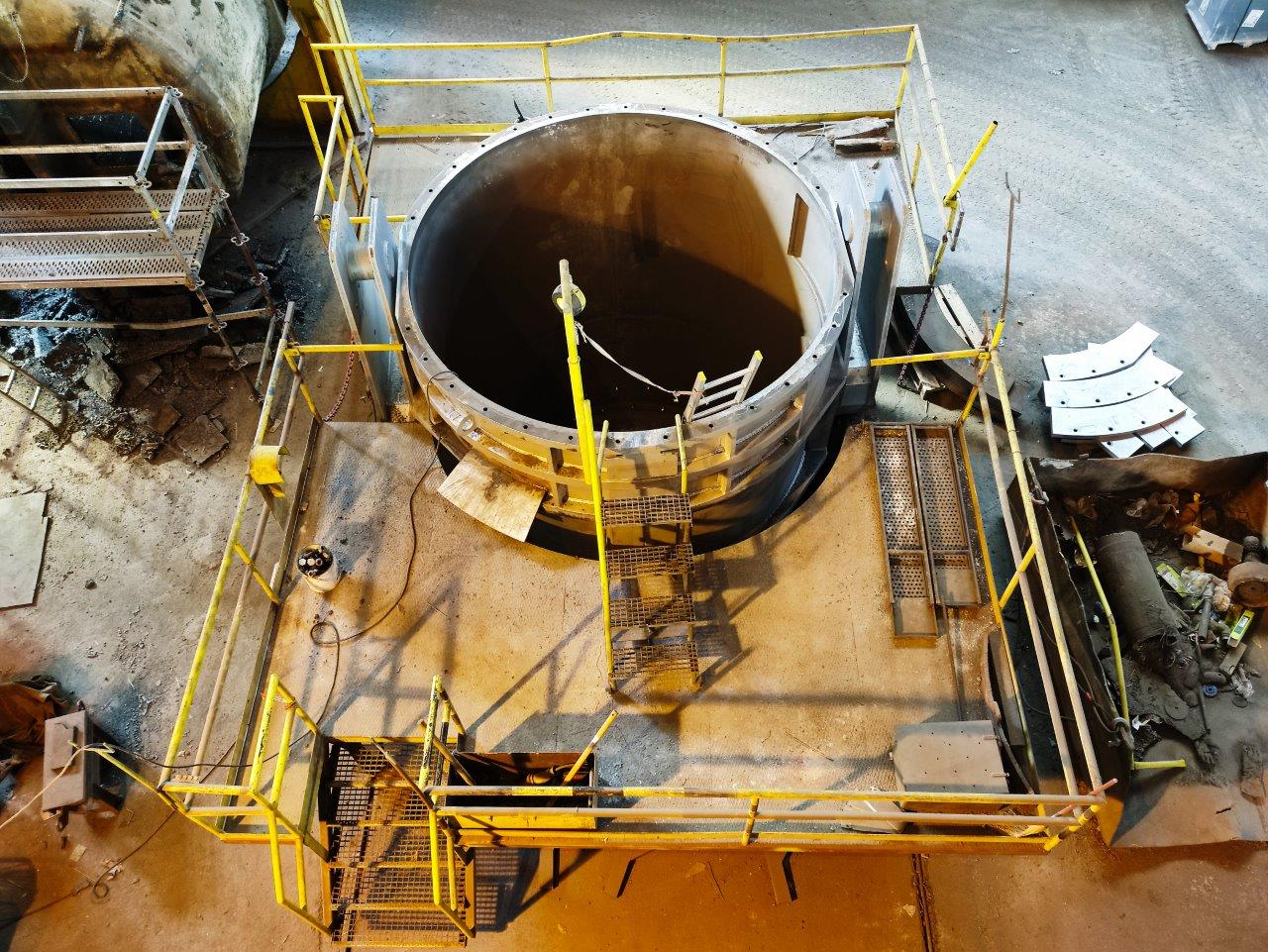 Self-flowing castable as  a backup lining in steel mill ladle.